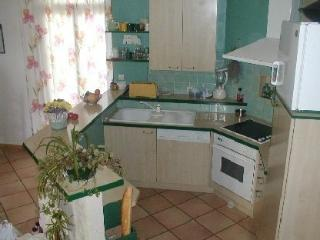 Bright 3 bedroom House in Plouhinec with Internet Access - Plouhinec vacation rentals
