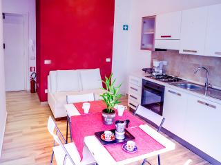 Your Rhome - a sweet city break - - Rome vacation rentals