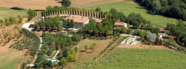 6 bedroom Villa in Dunarobba, Campagna Umbra, Umbria, Italy : ref 2230484 - Image 1 - Sismano - rentals