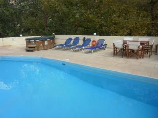 Lovely 1 bedroom Fodhele Condo with Internet Access - Fodhele vacation rentals