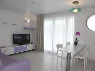 Bright 28 bedroom Lignano Sabbiadoro Resort with Internet Access - Lignano Sabbiadoro vacation rentals