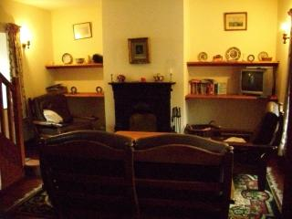 Perfect 2 bedroom Castletownshend House with Internet Access - Castletownshend vacation rentals