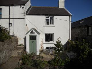 2 bedroom Cottage with Washing Machine in Llanmadoc - Llanmadoc vacation rentals