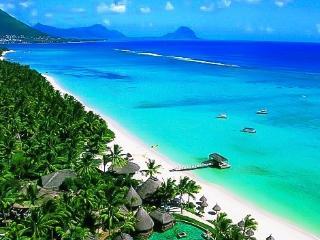 Bright 2 bedroom Vacation Rental in Flic En Flac - Flic En Flac vacation rentals