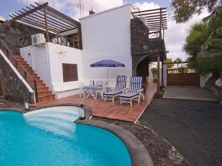 Cottage in Tías LZ5400 - Puerto Del Carmen vacation rentals