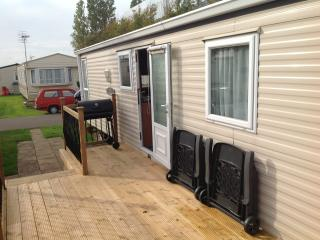 Cozy 2 bedroom Caravan/mobile home in Bognor Regis - Bognor Regis vacation rentals