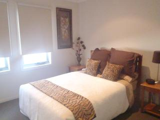 Cozy 3 bedroom Townhouse in Melbourne - Melbourne vacation rentals