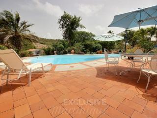 Cozy 3 bedroom Villa in Le Francois - Le Francois vacation rentals