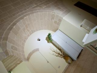 Cozy 2 bedroom B&B in Matera with Dishwasher - Matera vacation rentals