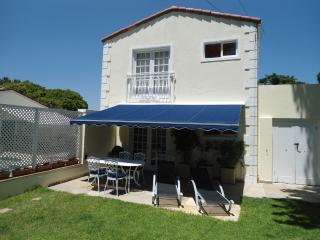 "Cottage Cabernet at ""Constantia Cottages"" - Constantia vacation rentals"