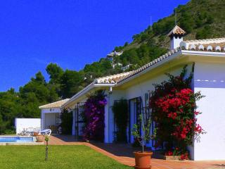 Beautiful 3 bedroom Competa Villa with Internet Access - Competa vacation rentals
