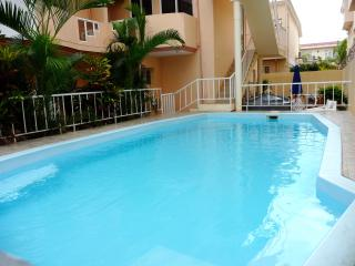 Eau Douce: Spacious, AC, 3 bed - Flic En Flac vacation rentals