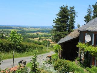 Comfortable Gite with Internet Access and Wireless Internet - Treban vacation rentals