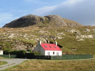 Lovely 3 bedroom Cottage in South Uist - South Uist vacation rentals