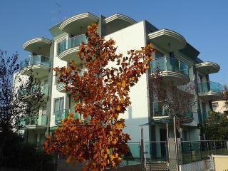 Cozy Bellaria-Igea Marina vacation Resort with Internet Access - Bellaria-Igea Marina vacation rentals