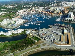 MARINA GREEN GARDEN by Enjoy Portugal - Vilamoura vacation rentals