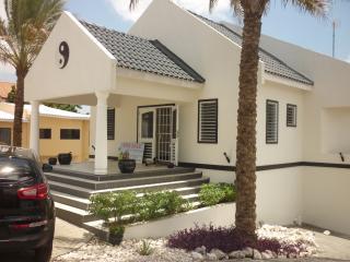 Beautiful 4 bedroom Villa in Curacao with Internet Access - Curacao vacation rentals