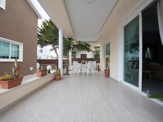 4 Bdrm Sup. Terrace Beach Villa Oroklini Larnaca - Oroklini vacation rentals