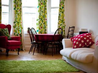 AJEM 142 Easter Road Apartm. 7 - Edinburgh vacation rentals