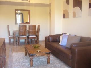 Lovely 2 bedroom Condo in Costa Esuri - Costa Esuri vacation rentals