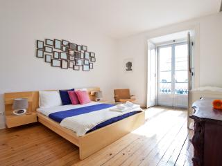 Spacious Sunny Flat - Baixa - Lisbon vacation rentals