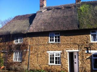 Hooky Cottage, thatched cottage in Hook Norton - Hook Norton vacation rentals