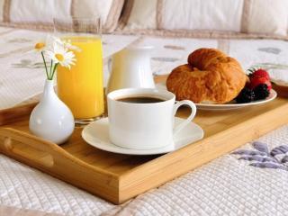 Bright 3 bedroom Bed and Breakfast in Taranto with Internet Access - Taranto vacation rentals