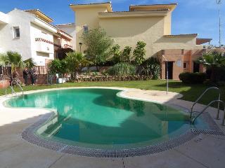 3 Bedroom Semi detached Villa, Alhaurin Golf. Wifi - Alhaurin el Grande vacation rentals