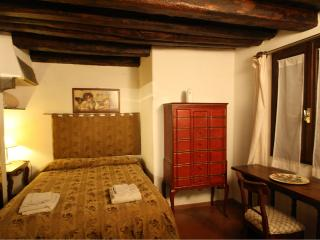 San Jacopo near Ponte Vechhio - Florence vacation rentals