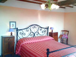 Casa Vacanza  Via Romea - Bibbiena vacation rentals