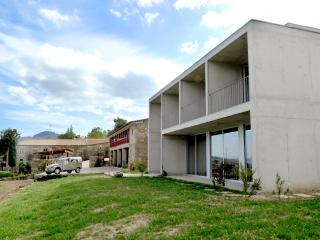 Lovely Guimaraes vacation B&B with Parking Space - Guimaraes vacation rentals