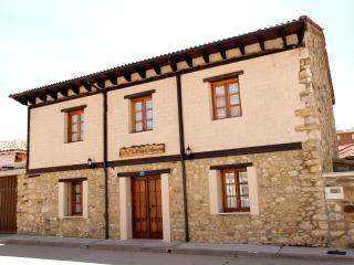 Nice House with Central Heating and Balcony - Palencia vacation rentals