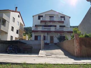 Sea front apartment Frano - Kali vacation rentals