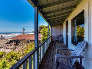 Dog-friendly, waterfront cottage w/Pacific views & cozy features! - Waldport vacation rentals