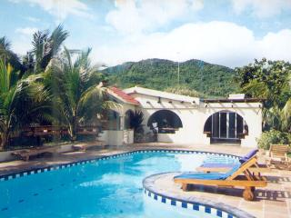 "Villa Tia: Bed & Breakfast in ""HOME SHARE"" Villa"" - Anse Jonchee vacation rentals"