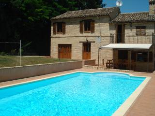 Nice 5 bedroom Villa in Mogliano - Mogliano vacation rentals