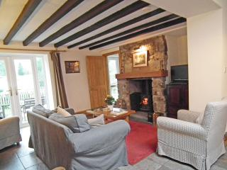 Charming 2 bedroom Cottage in Cinderford with Internet Access - Cinderford vacation rentals