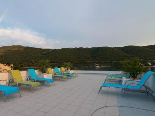 Beautiful Condo with Internet Access and A/C - Grebastica vacation rentals