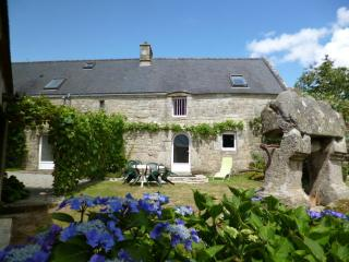 2 bedroom Gite with A/C in Pontivy - Pontivy vacation rentals
