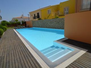 Nice Condo with Internet Access and A/C - Vilamoura vacation rentals