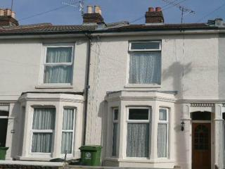 Northcote villas - 4 bed house with patio garden - Portsmouth vacation rentals