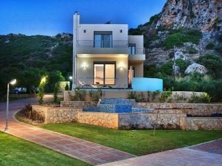 Lovely 3 bedroom Nopigia Villa with Internet Access - Nopigia vacation rentals