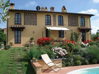 Nice House with Deck and Shared Outdoor Pool in Castelfiorentino - Castelfiorentino vacation rentals