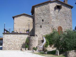 Messenano Apartament - Spoleto vacation rentals