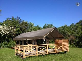 Comfortable 9 bedroom Tented camp in Fouesnant - Fouesnant vacation rentals