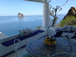 2 bedroom Condo with A/C in Panarea - Panarea vacation rentals