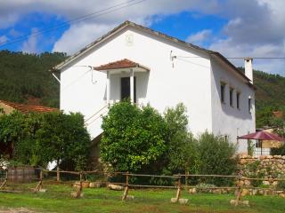 Farmhouse  Accommodation - Gois vacation rentals