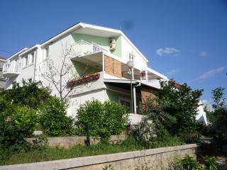 4 Seaside apartments - Komarna vacation rentals