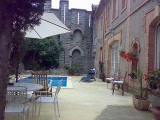 Chateau Marcel -Grenache Suite - Cesseras vacation rentals