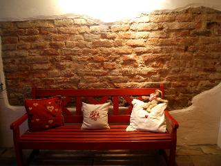 Charming B&B with Internet Access and Toaster - Munich vacation rentals